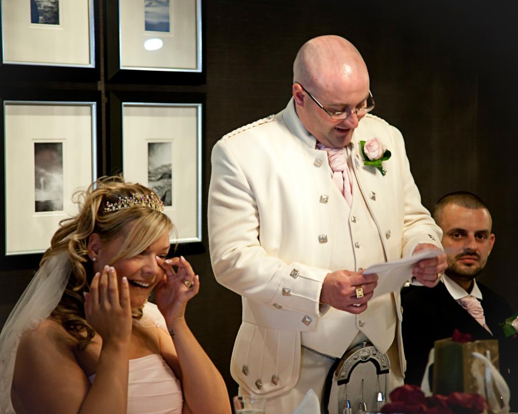 GLASGOW WEDDING PHOTOGRAPHERS Contact  www.saunders-photographers.co.uk